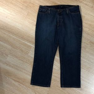 Abercrombie & Fitch Crop Jeans